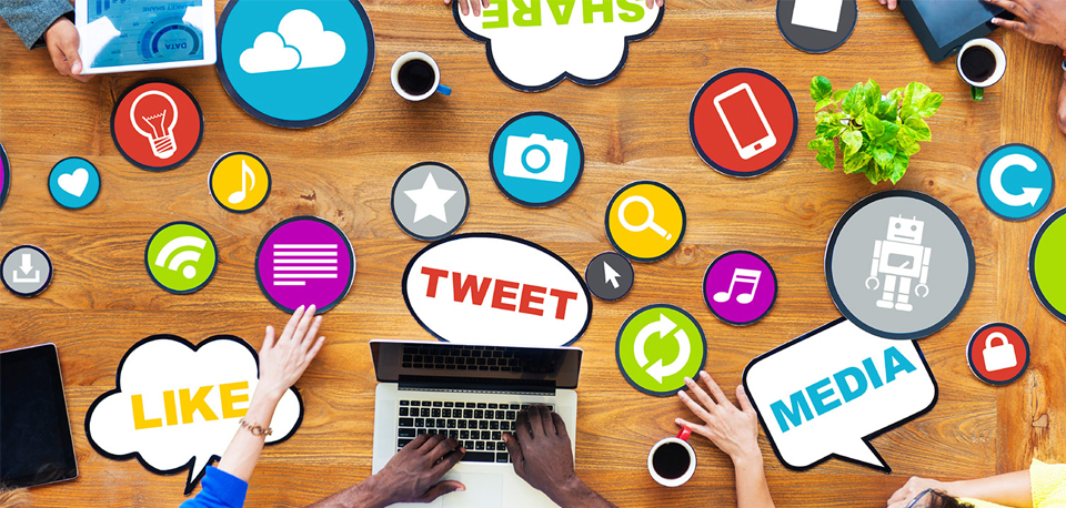 How Social CRM-Twitter Integration improves Audience Engagement?